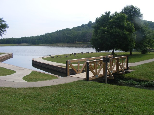 Fort Smith: Carol Ann Cross Park - Hazel Evans Walking Trail photo