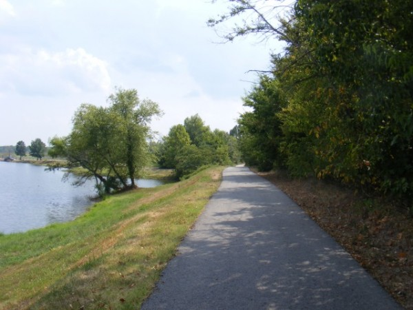Benton: Sunset Lake Park Walking Path (1 mi) photo