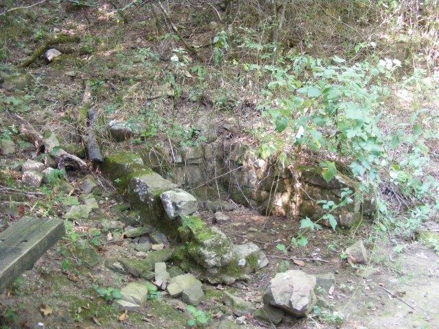 Queen Wilhelmina: Spring Trail - .5mi (O&B) photo