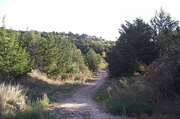 Roman Nose: Lake Loop/Mesa Loop Trails (3mi) photo