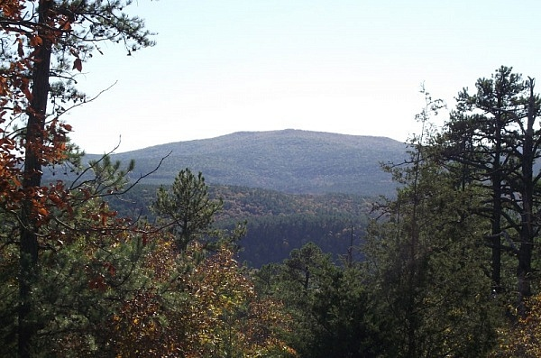 """Hole in the Ground Mtn Trail (Ouachita Forest)   7 mi"" photo"