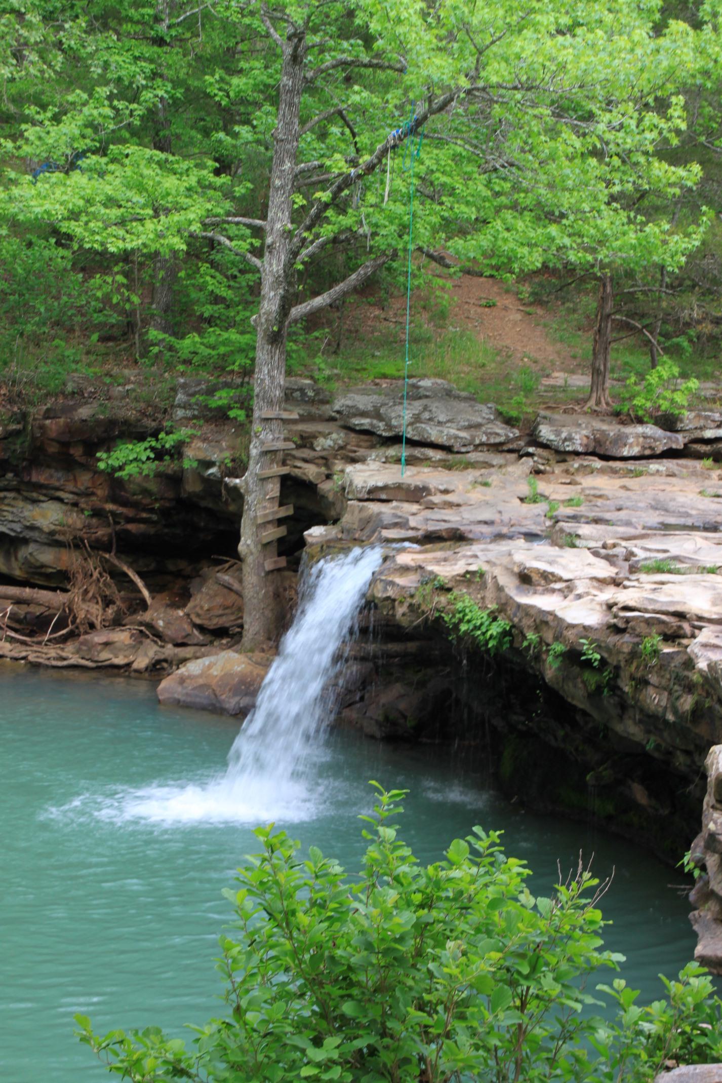 Falling Water Falls (Ozark Forest) | Arklahoma Hiker