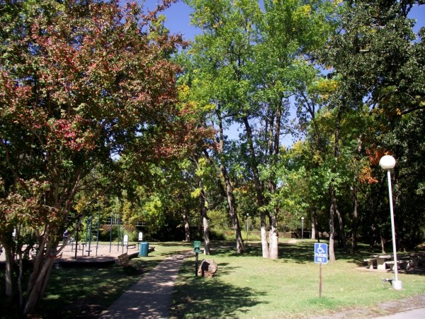 Fort Smith: Creekmore Park Walking Trail photo