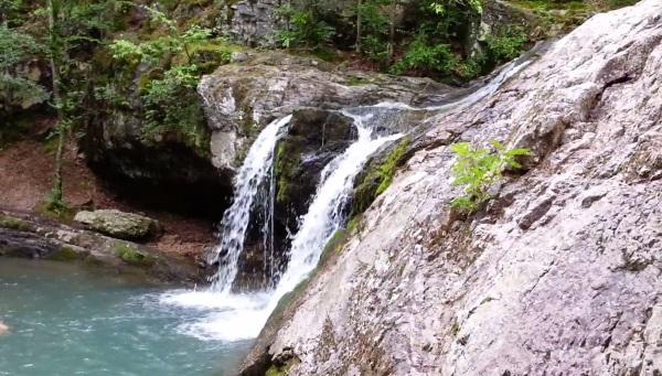 Lake Catherine: Falls Creek Falls Video photo