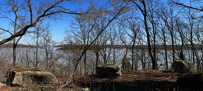 Lake Tenkiller: Overlook Nature Trail – 2 mi (o&b) photo