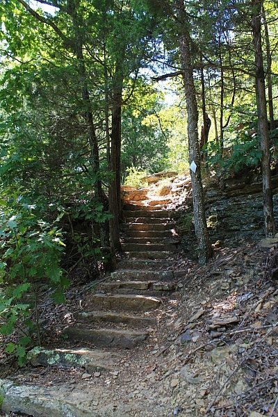 Devil's Den: Yellow Rock Trail - 3 mi photo